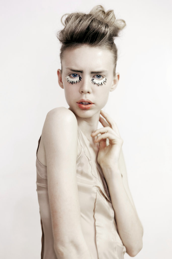 youth now featuring greta dillen photographed by sophie cécile xu