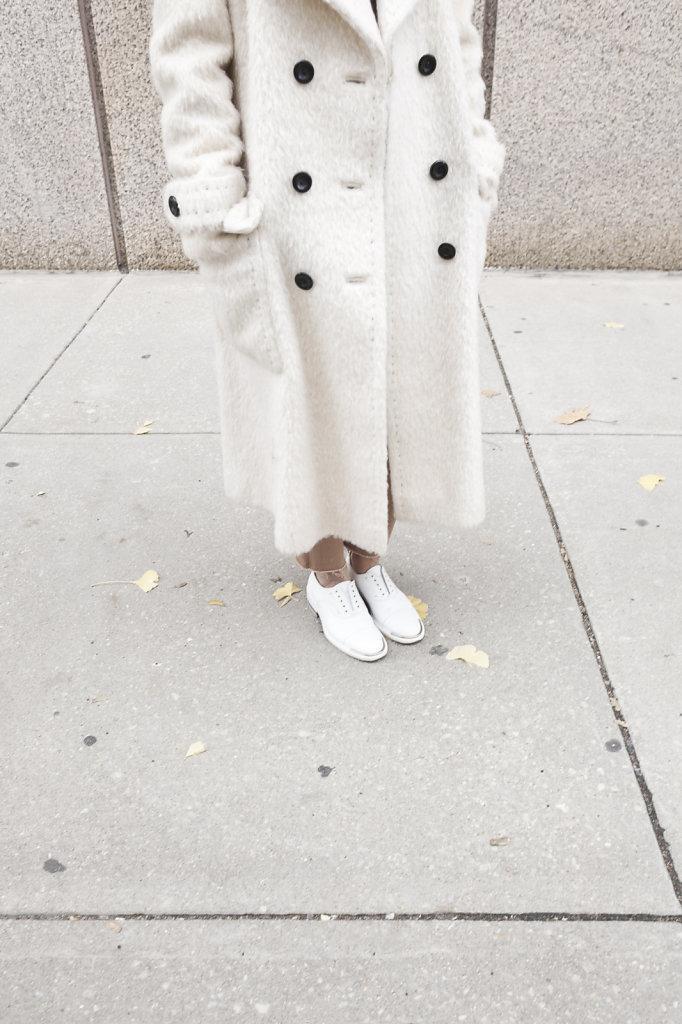 112215-maistylepages-vintage-coat-4.jpg