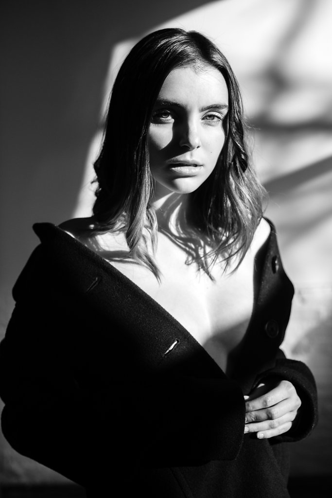 caitlin-photographed-by-sophie-cecile-xu-27.jpg