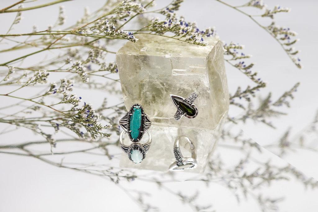 custom-statement-rings-angela-monaco-jewelry.jpg