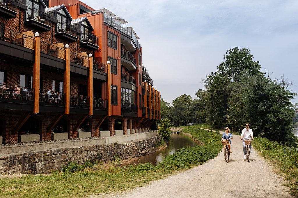 River-House-at-Odettes-7-26-2021-Sophie-Cecile-Xu-3.jpg